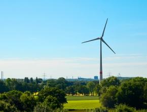 FDP und CDU mit Politik von gestern: NRW's Energiewende wird zur Geisterfahrt