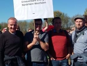 Erneuerbare-Energie-Branche aus der Region besucht Hambacher Wald