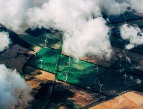 Erneuerbare Energien: Laschet verspricht Verdoppelung